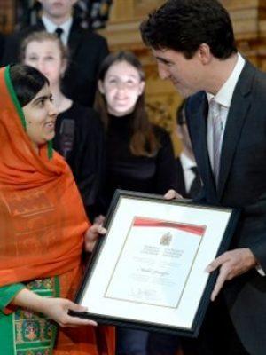 منح الجنسية الكندية الفخرية
