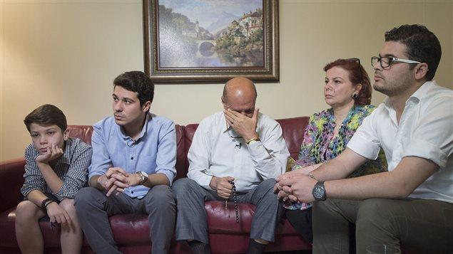 شهادات لاجئين : عائلة دندشي السورية
