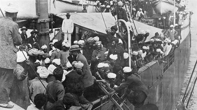Des sikhs à bord du Komagata Mar