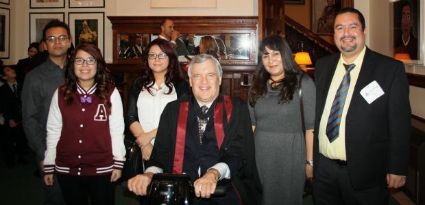 Oscar Vigil et sa famille à une époque plus heureuse. Photo : Oscar Vigil