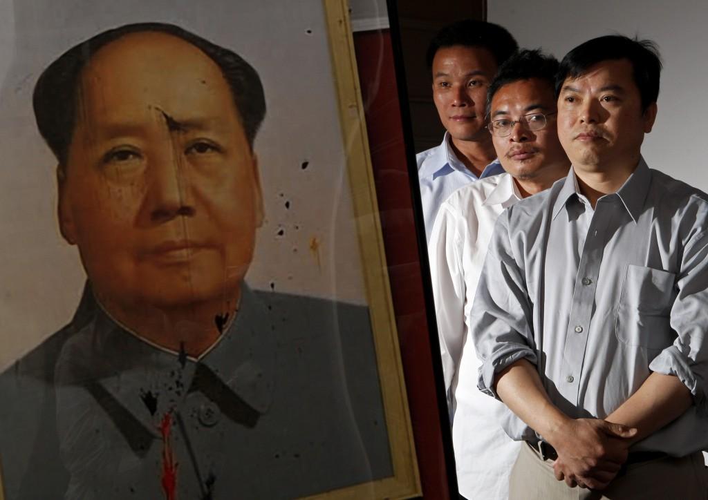 天安门三君子-Reuters/Jim Young
