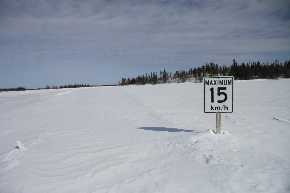 Ice_Road_speed_limit