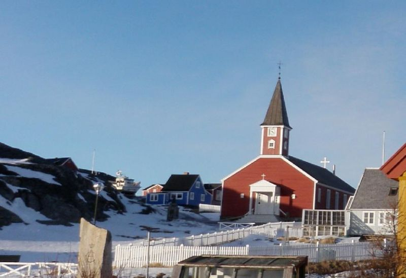 Annaassisitta Oqaluffia (Cathédrale de Nuuk), située dans le centre de Nuuk. Les missionnaires ont utilisé différents alphabets pour traduire la Bible dans les dialectes locaux de l'Arctique. Photo : Eilís Quinn.