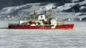 Le brise-glace et vaisseau de recherche Amundsen de la Garde côtière canadienne  (PC / Jacques Boissinot)