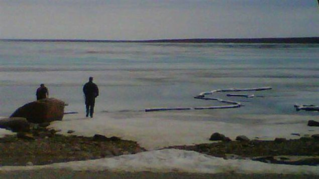 Déversement à Cambridge Bay, Nunavut ( CBC.ca)