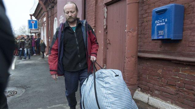 Paul Ruzycki a été libéré sous caution vendredi par la justice russe.  (Pavel Golovkin / La Presse Canadienne)