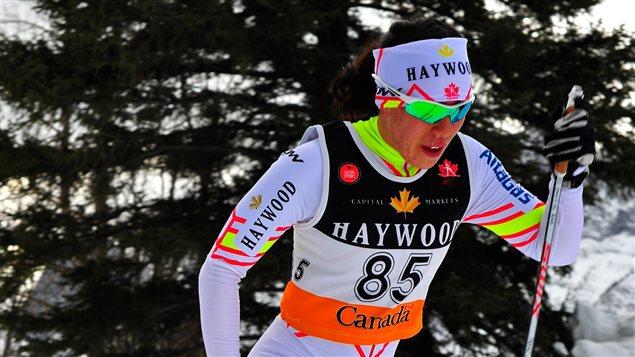La fondeuse Emily Nishikawa lors des compétitions de qualifications pour les Jeux olympiques à Canmore en Alberta en janvier 2014.  (Les Berezowski)