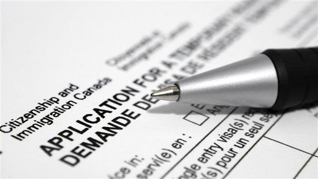 Formulaire de demande de citoyenneté canadienne. (iStock)