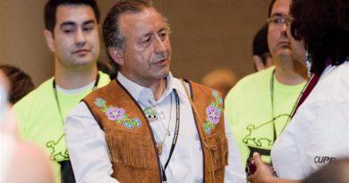 Le chef national de la Première Nation Dene et chef régional de l'APN pour les T.-N.-O., Bill Erasmus (2012) (Michelle Siu/La Presse Canadienne)