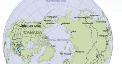 La station de contrôle de Little Fox Lake n'est que l'une des nombreuses stations de mesure des contaminants dans le monde. Les données recueillies servent à l'élaboration du protocole de l'ONU sur les émissions. (AANDC)