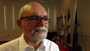 Robert Sauvé, PDG de la Société du Plan Nord du Québec, lors du Forum des ministres responsables du développement du Nord à Whitehorse. (Claudiane Samson/ICI Radio-Canada)