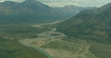 Le bassin versant de la rivière Peel occupe 68 000 km carrés au centre du territoire du Yukon. (ICI Radio-Canada)
