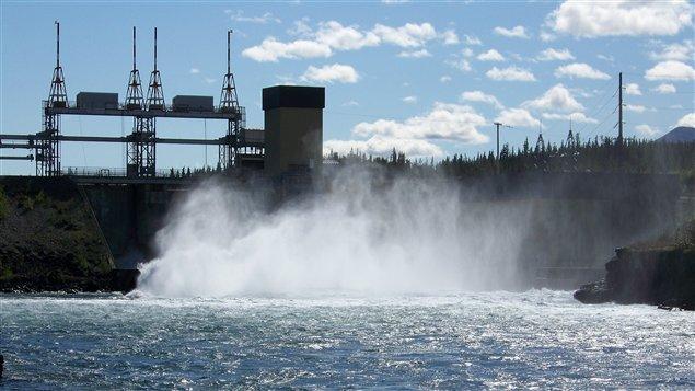 Énergie Yukon veut développer d'autres sources énergétiques. (ICI Radio-Canada)