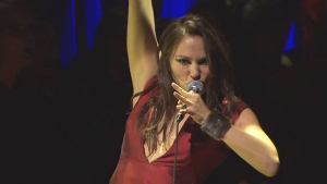 tagaq-performing