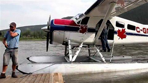 Un avion de brousse canadien classique dans les Territoires du Nord-Ouest. (CBC)