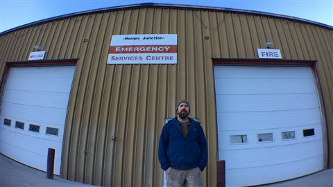 Dave Weir, ambulancier volontaire à Haines Junction au Yukon (GENEVIÈVE MILORD / RADIO-CANADA)