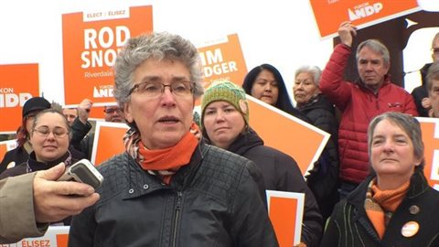 Liz Hanson, chef du Nouveau Parti démocratique au Yukon. (Claudiane Samson/Radio-Canada)