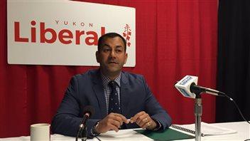 Ranj Pillai est candidat dans Porter Creek Sud pour les élections du 7 novembre 2016. (NANCY THOMSON/CBC)