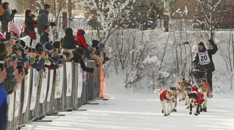 lalaskien-matt-hall-remporte-le-yukon-quest