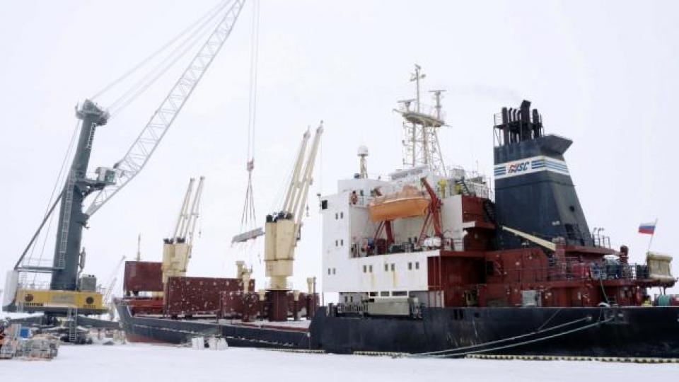 Le port de Sabetta. (Alex Sergeev/Radio-Canada)