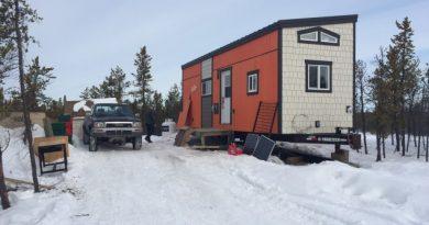 territoires-du-nord-ouest-les-mini-maisons-comme-solution-au-cout-des-loyers