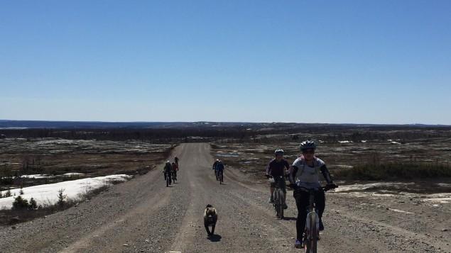 faire-decouvrir-le-territoire-aux-jeunes-inuits-pour-les-motiver-a-rester-a-lecole-2