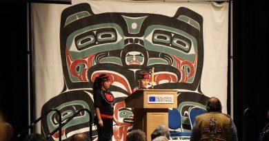 Des Premières Nations du Nord canadien et de l'Alaska se mobilisent pour préserver leur langue