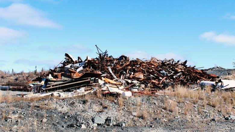 Huit mines abandonnées du nord-ouest du Canada seront décontaminées