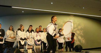 L'artiste autochtone Leela Gilday crée un orchestre panarctique canadien le temps d'un gala
