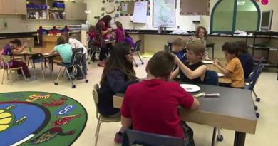 Sur la voie d'une commission scolaire autonome pour les Premières Nations du Yukon
