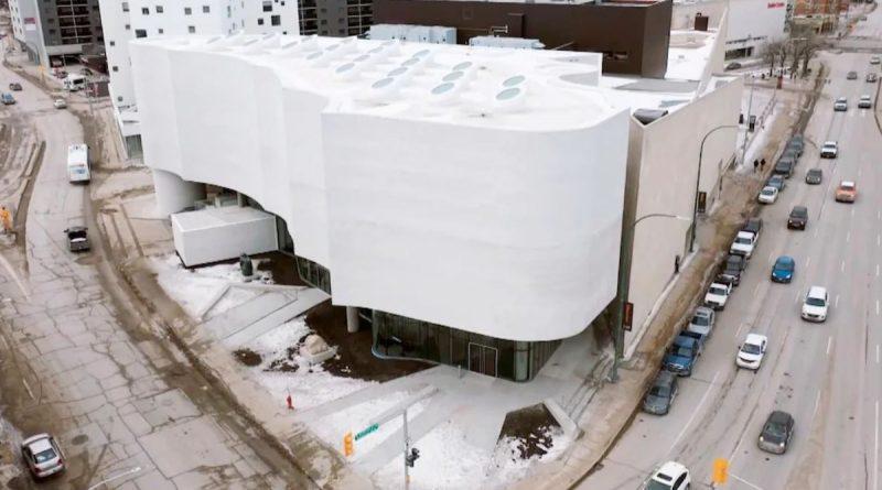 Le pavillon Qaumajuq à Winnipeg : un avenir lumineux pour l'art inuit au Canada