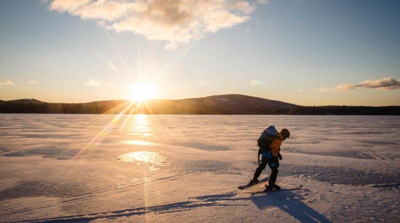 Un Canadien parmi une équipe d'expédition internationale au Groenland