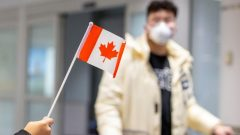 لحدّ الآن، تم اكتشاف 11 حالة إصابة بفيروس كورونا في كندا - Reuters / Carlos Osorio