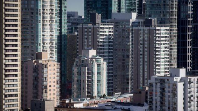 """收入的88%用于买房:温哥华居民的住房支付能力跌至""""危机水平"""""""