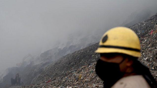 PM2.5是新冠病毒的帮凶:空气质量与疫情